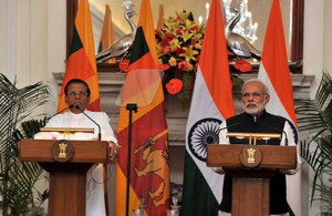 Prime Minister Narendra Modi and the President of Sri Lanka, Maithripala Sirisena giving media statement