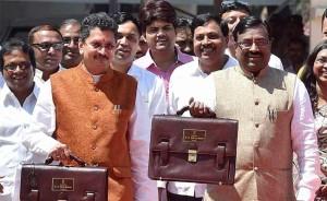 maharashtra-budget-pti
